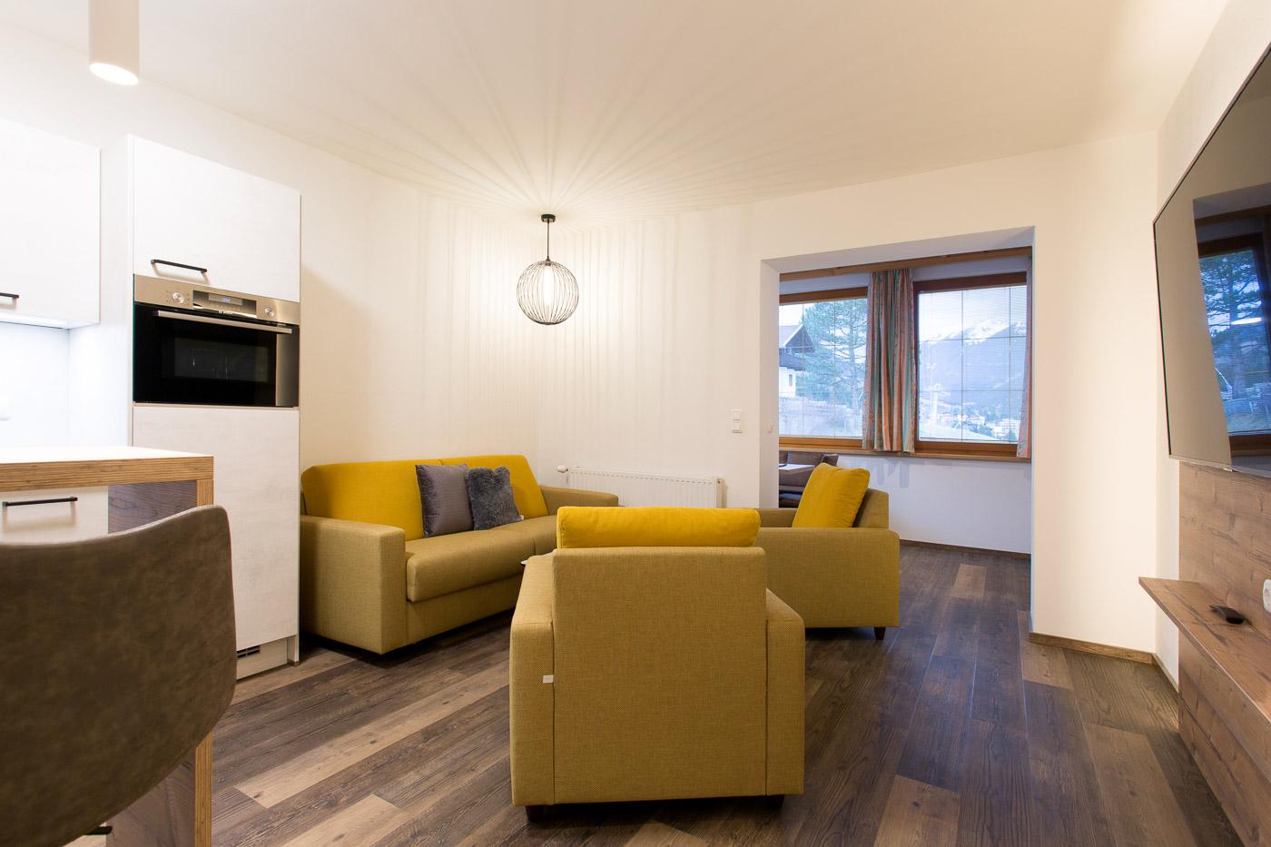 HeaderSlider Tyrol Startseite Wohnküche