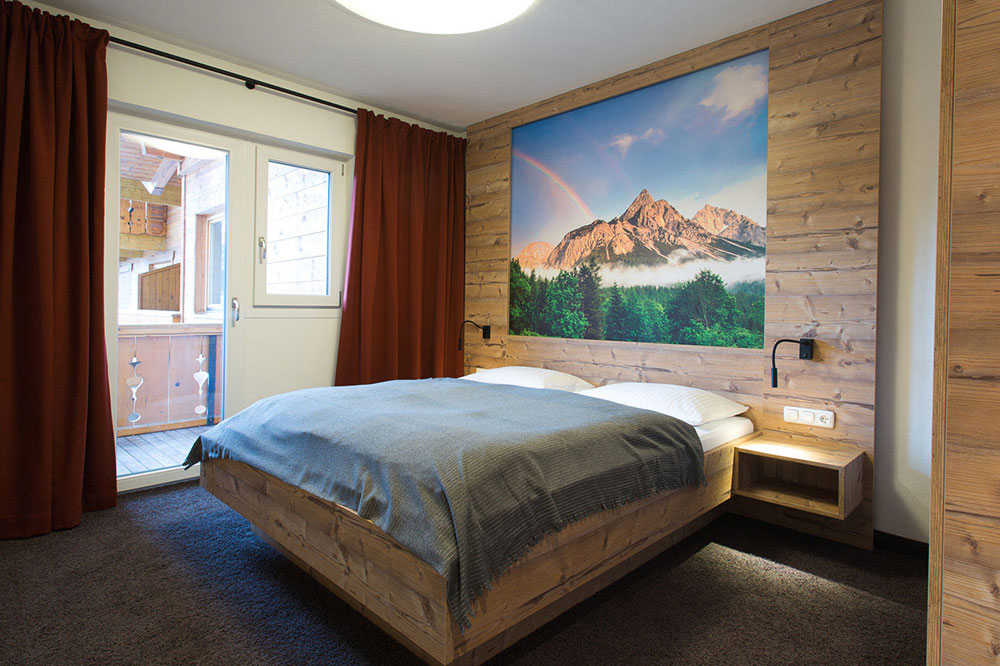 """Zimmer """"Fichte"""" - Ferienwohnung Aparthotel Tyrol"""